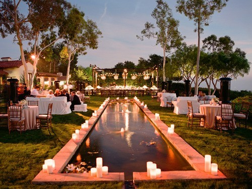 backyard-wedding-lights